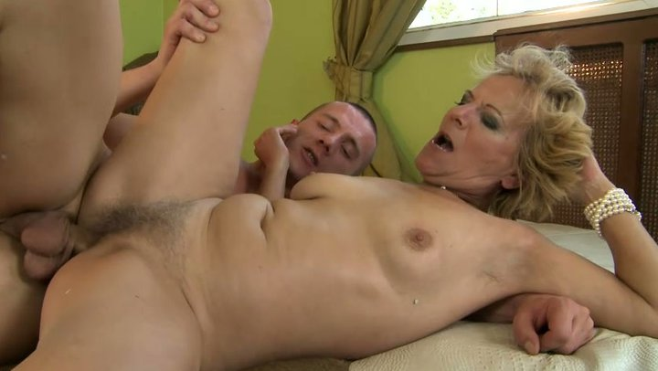 pregnant fucked in hd