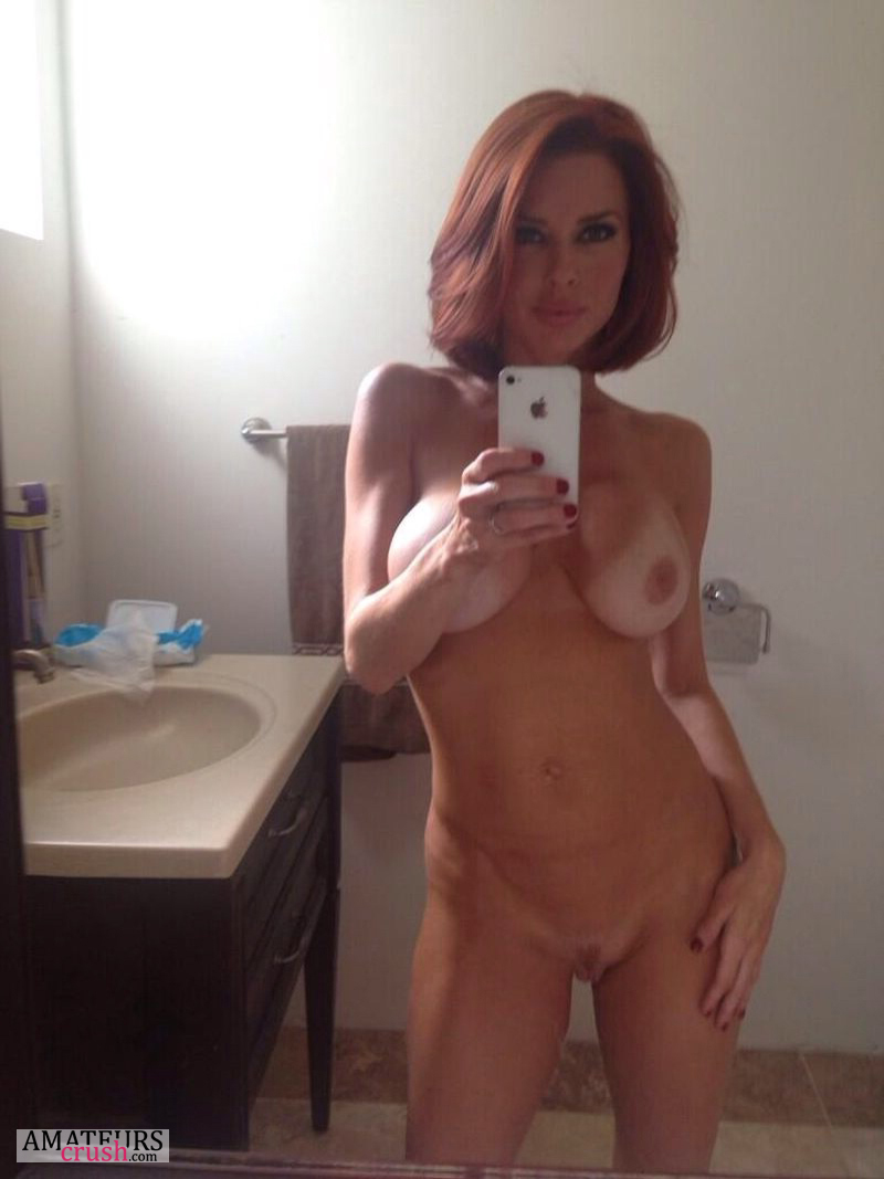 Milf sexy nackt Naked Sexy