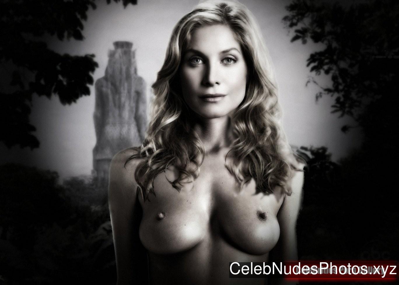 Mitchell naked elizabeth Naked Truth