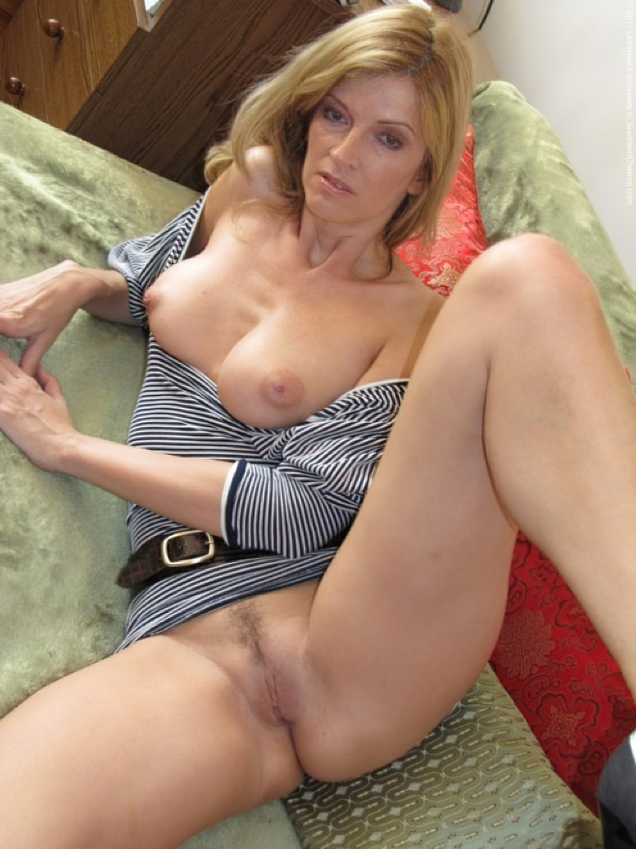 undress the naked girl