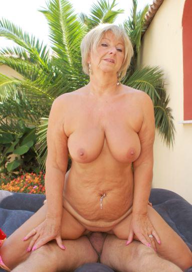 Granny sex photos